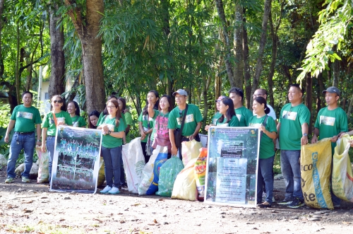 CSU alumni go Forest Bathing, Tree Hugging, and Trash Picking